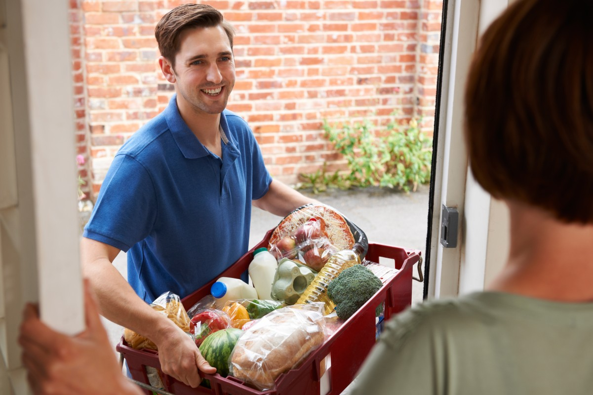 GLAD - Green Last Mile Delivery: a more sustainable way for food home delivery tailored to consumer needs