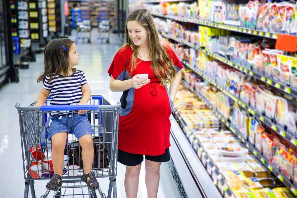 Consumers and Environmental Safety: Food Packaging and Kitchenware