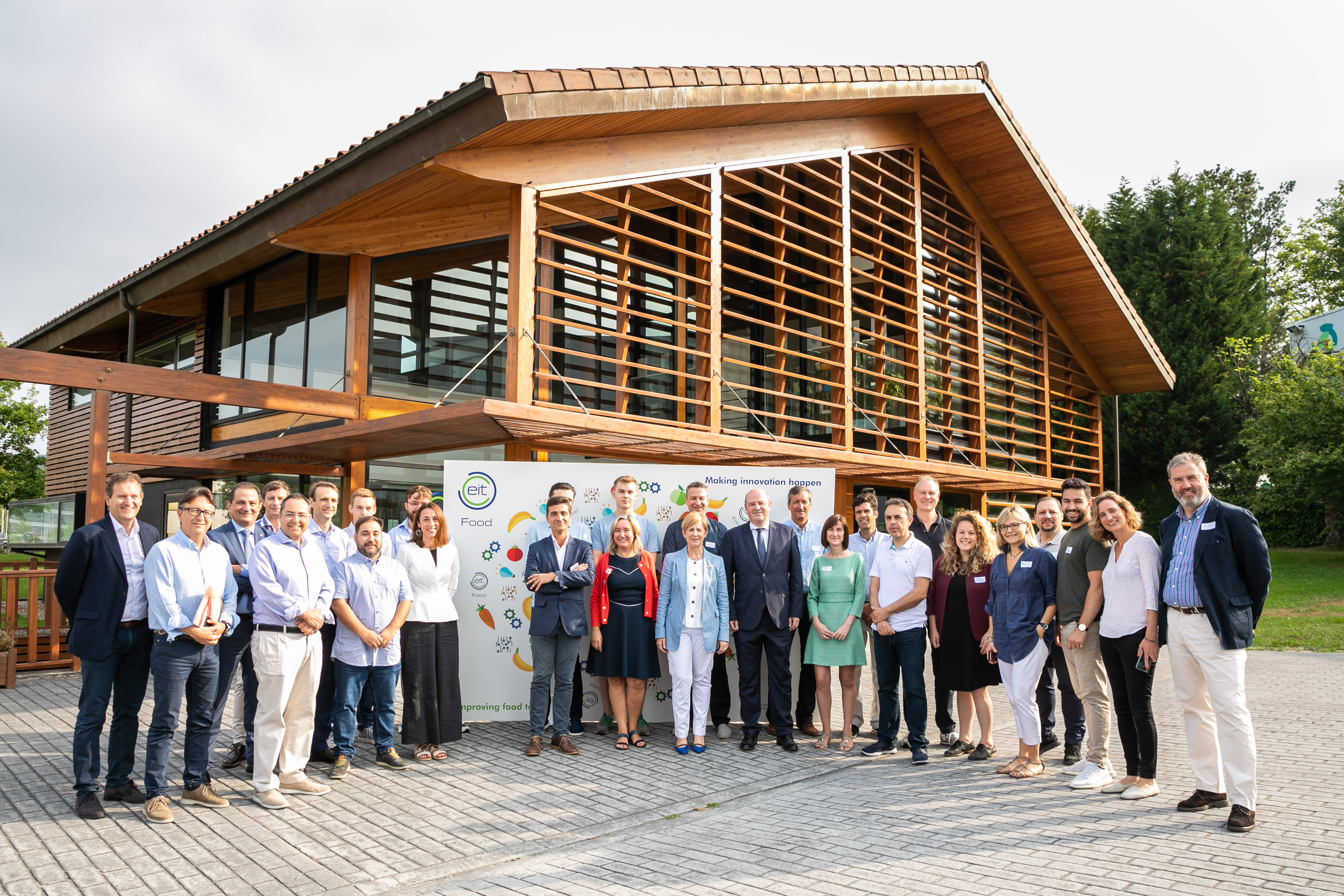 Ten start-ups from various European countries at the EIT FAN in Bilbao