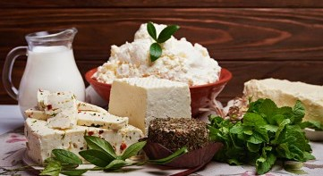 Dairy products with reduced saturated fatty acids
